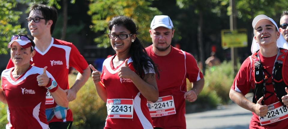 Slider_accueil_Marathon-2014_arrivee-Asha-et-gr-2_960x430